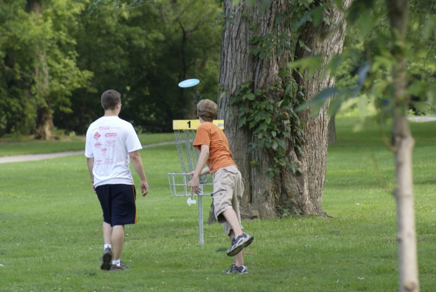 Frisbee+golf+fun+for+everyone