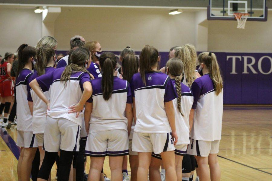 Girls+Basketball-+Hesston