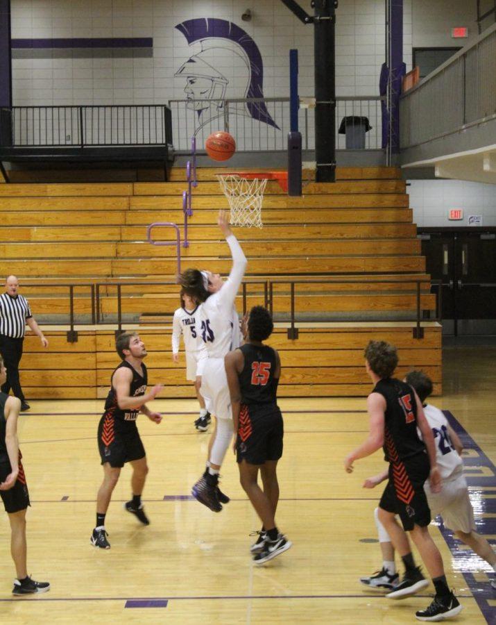 Southeast Boys Basketball V.S. Smoky Valley